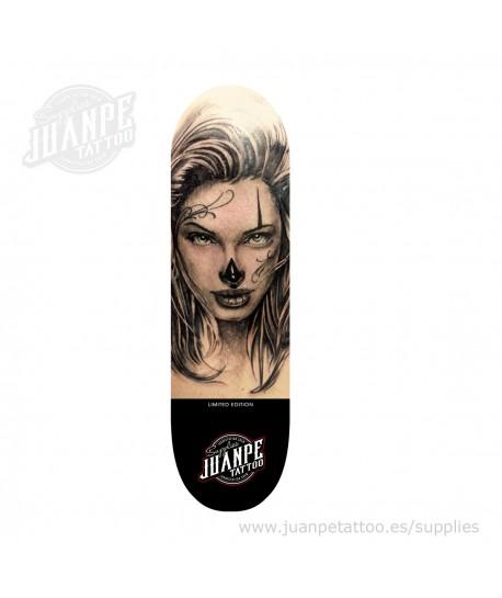 Tabla Skate Tatuaje Chica Juanpetattoo