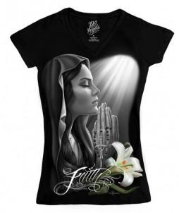 Camiseta de manga corta para mujer con cuello en v con mujer rezando - fé